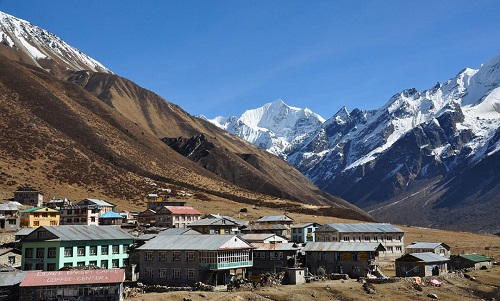 Lama Hotel to Langtang village